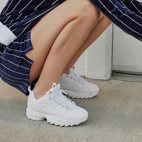 Fila Disruptor 2 Premium Mono Sneaker 9